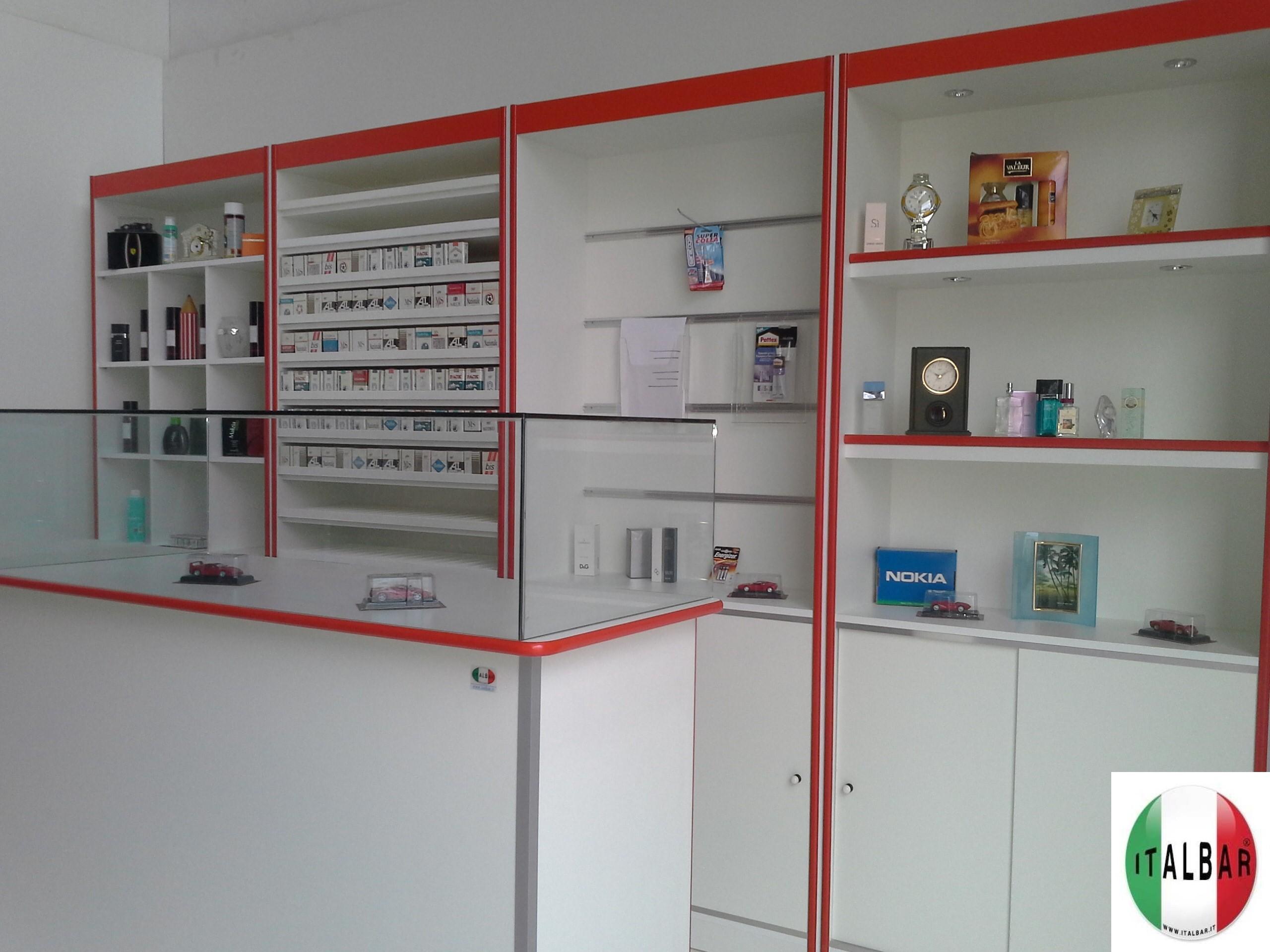 Banconi frigo banchi bar banconi bar produttori di for Arredamenti bar prezzi